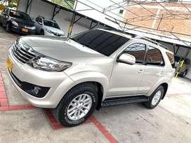 Toyota Fortuner 4x2 Gsl 2014