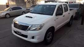Vendo Toyota Hilux DX 2.5 Turbo.