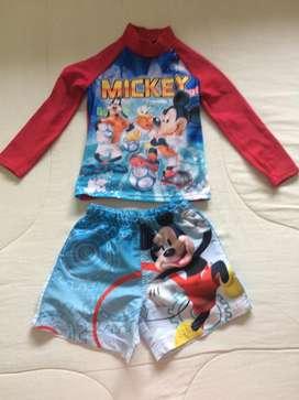 Traje Piscina Mickey