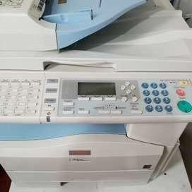 Fotocopiadora es impresora y scanner como nueva ñ
