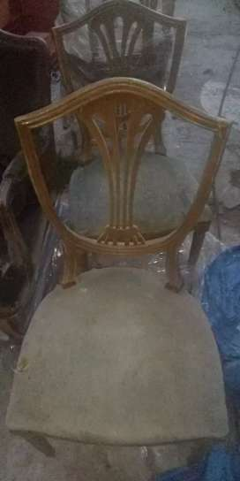 Vendo   4 sillas usadAs