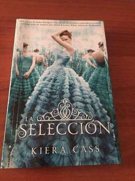 LIBRO LA SELECCIÓN - KIERA CASS