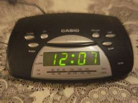 Radio Am/fm Reloj Despertador Casio Rt 80 Exc. No Envio