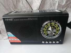 Radio vintage USB BT recargable AM FM parlante mp3 buen sonido decoracion