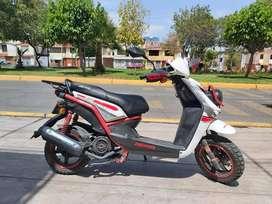 Vendo Moto Automatica 125 Como Nueva