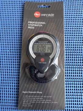Reloj profesional M025