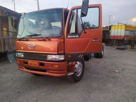 se vende camión hino FF año 98