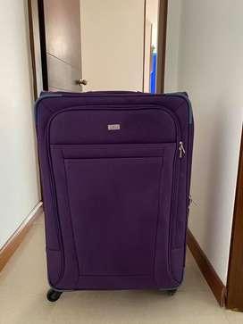 Vendo maleta Arturo Calle.