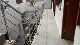Se realizan trabajos en acero inoxidable y vidrios y aluminios