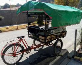 Se vende triciclo con toldo
