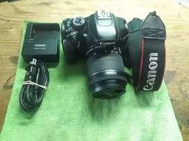 Vendo camara fotografica canon..t2i
