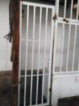 Vendo reja metalica nueva y cedo local en plaza de mercado en Campoalegre (huila)