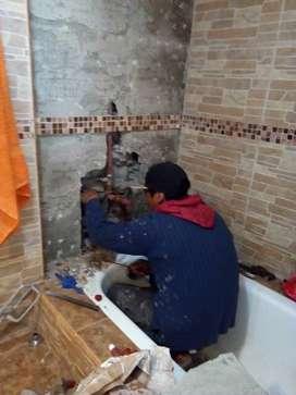 Maestro baldosero y albanil hago trabajos de contrucsion y refacsiono casas