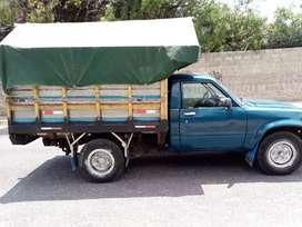 Vendo Camioneta TOYOTA estop 2200 año 94 papeles al día