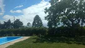 Vendo casa quinta en Melchor Romero. Valor es por  4, 5 hectáreas y casa
