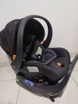 Car Seat Chicco Fit2