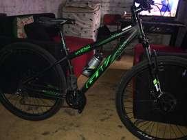 Bicicleta gw Hyena frenos shimano