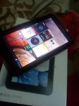 Tablet Lenovo en caja