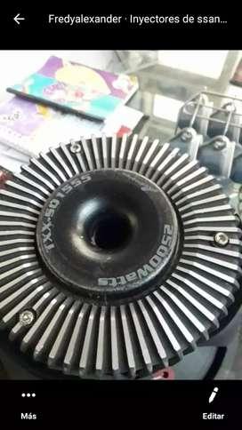 se venden bajo audiopipe 2500w doble bobina