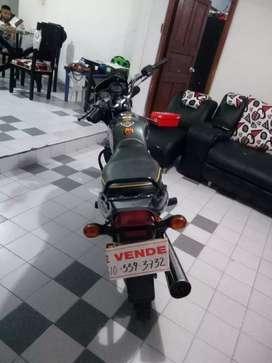 Se vende moto boxer ct