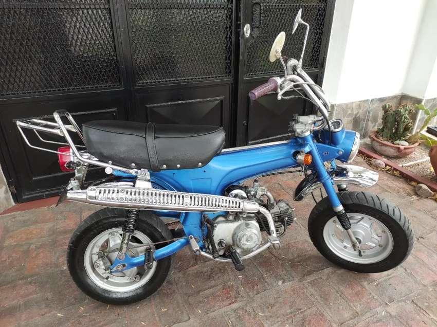 Honda dax 1983