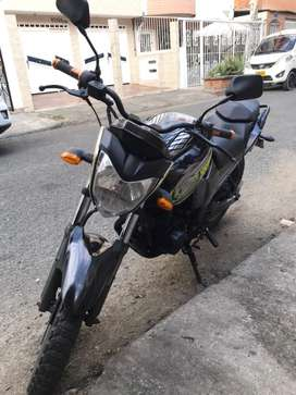 Moto yamaha fz16