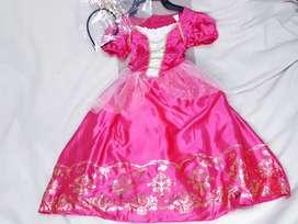 Vestido brilloso de princesa para niña
