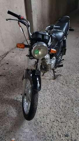 Honda CB1 cubiertas nuevas