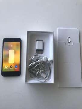 Iphone 8 como nuevo con accesorios
