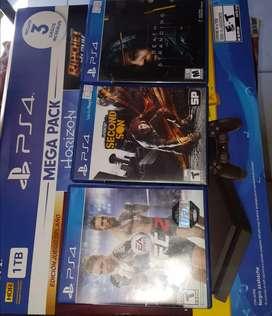 Vendo-permuto PS4 Slim 1TB