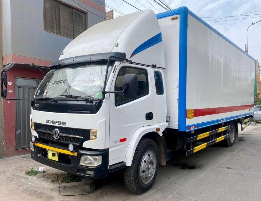 Vendo Camión Furgón Dongfeng DF-1014 con Rampa Hidráulica