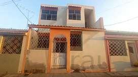Venta-Casa rentera en Mucho Lote 1,norte de Guayaquil, cerca del TÍA y del Super Aki de la Av. Francisco de Orellana