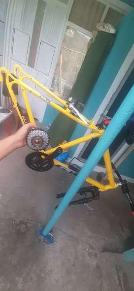 Vendo/Cambio piezas de Bicicleta de Montaña