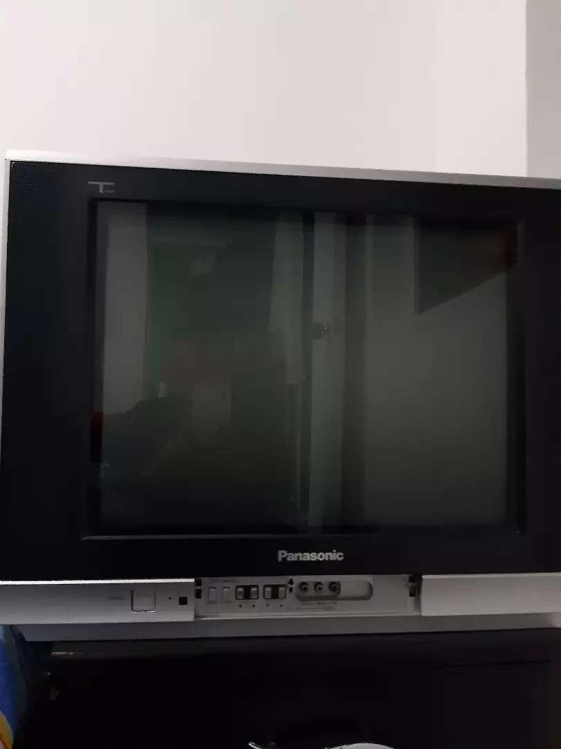 Vendo tv Panasonic 0