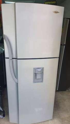 Nevera haceb not frost 375 litros en buen estado