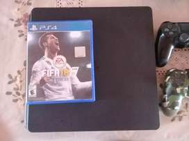 Ps4 slim 1TB + 2 joystick originales