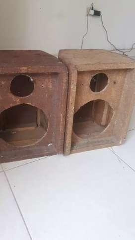 "2 cajas o chismosas para parlantes 8"""