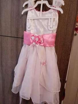 Vestido para niña de bautismo nuevo