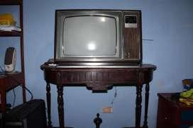 Televisor zenith de20 pulgadas antiguo