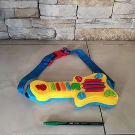 Guitarra de juguete para bebés/ninos pequeños