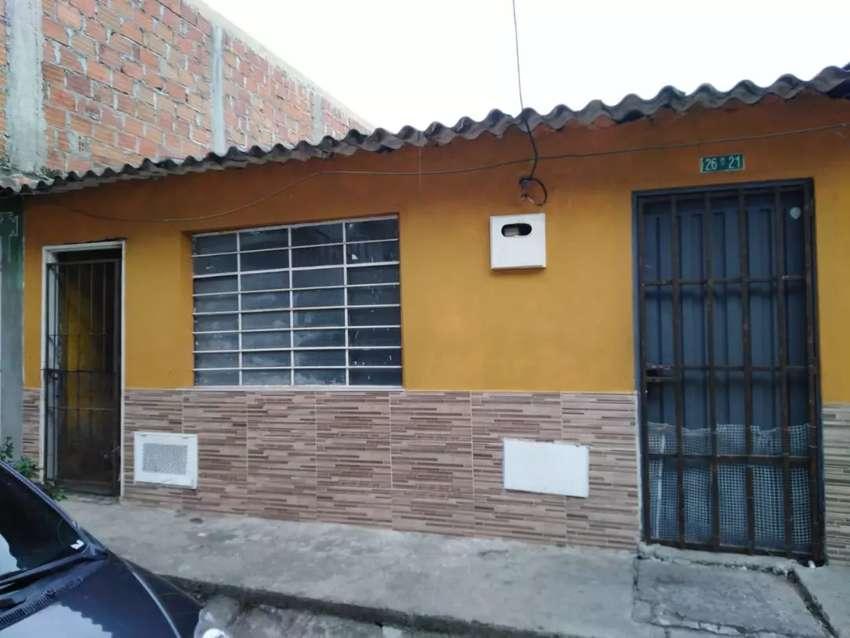 Vendo Casa y Aparta estudio Barrio La Paz 85.000.000 0