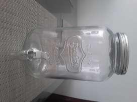 Dispensador en vidrio divino de agua