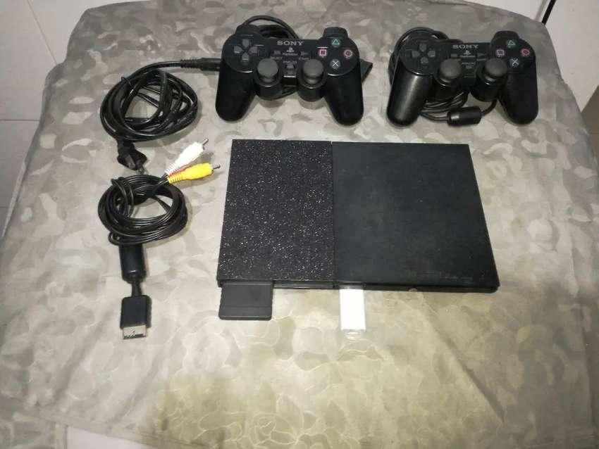 Play 2 programado USB 2 juegos controles originales y memoricard 0