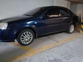 Vencambio Chevrolet optra 2005 azul automatico original en buen estado.