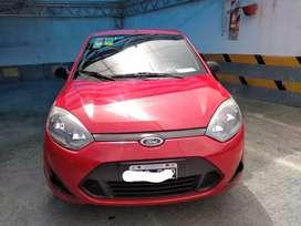 Dueño vende Ford fiesta modelo 2011 motor zetec Rocam cadenero