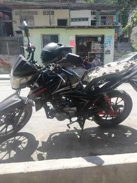 Moto Daytona color negra único  dueño matrícula al día 0 choques precio negociable