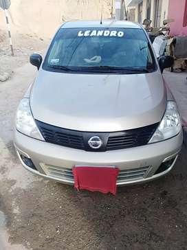 Vendo Nissan Tiida 2013