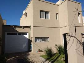 Hermosa casa en Funes - Venta - Sasso Inmobiliaria