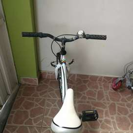 Vendemos esta bicicleta para Monark
