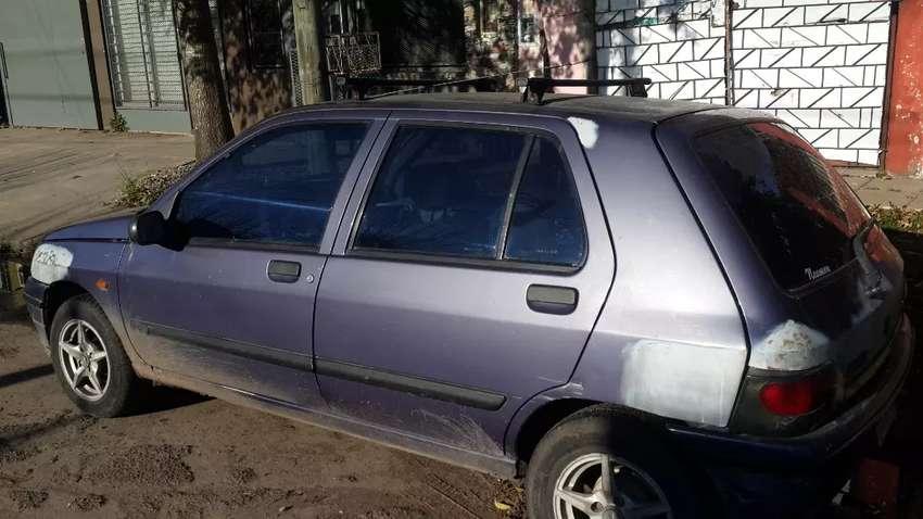 Renault clio 94 full gnc 0